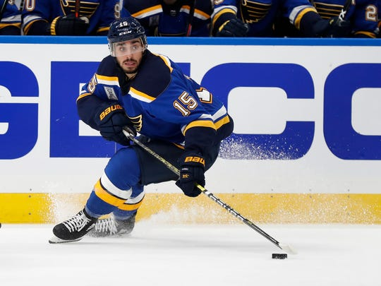 St. Robby Fabbri of Louis Blues takes care of the puck during the second round of an NHL hockey match against the Washington Capitals on Wednesday, October 2, 2019, in St. Louis. (AP Photo / Jeff Roberson)