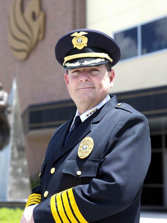 Chief Richard Beary_Gun Column photo