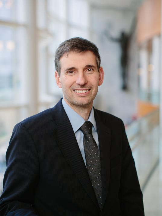 Dr. Gianrico Farrugia