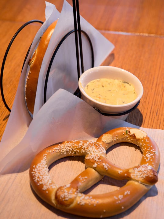 Try Four Pretzels 08.jpg
