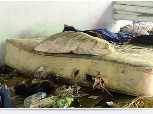 635823407427232654-Homeless-Man-s-bed-under-bridge