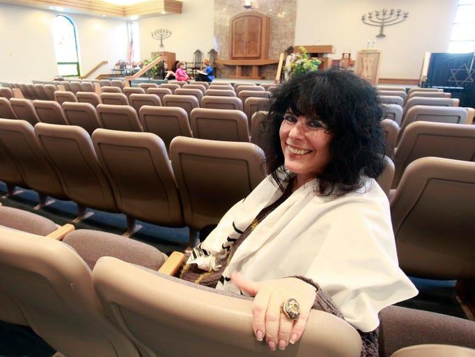 Rabbi Rita Sherwin is retiring.