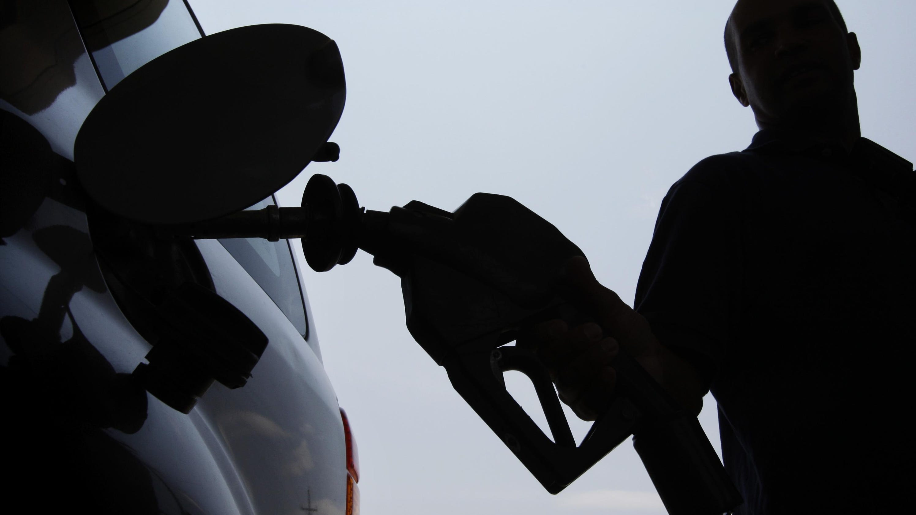 AAA: Mich. gas prices rise 9 cents to $2.52