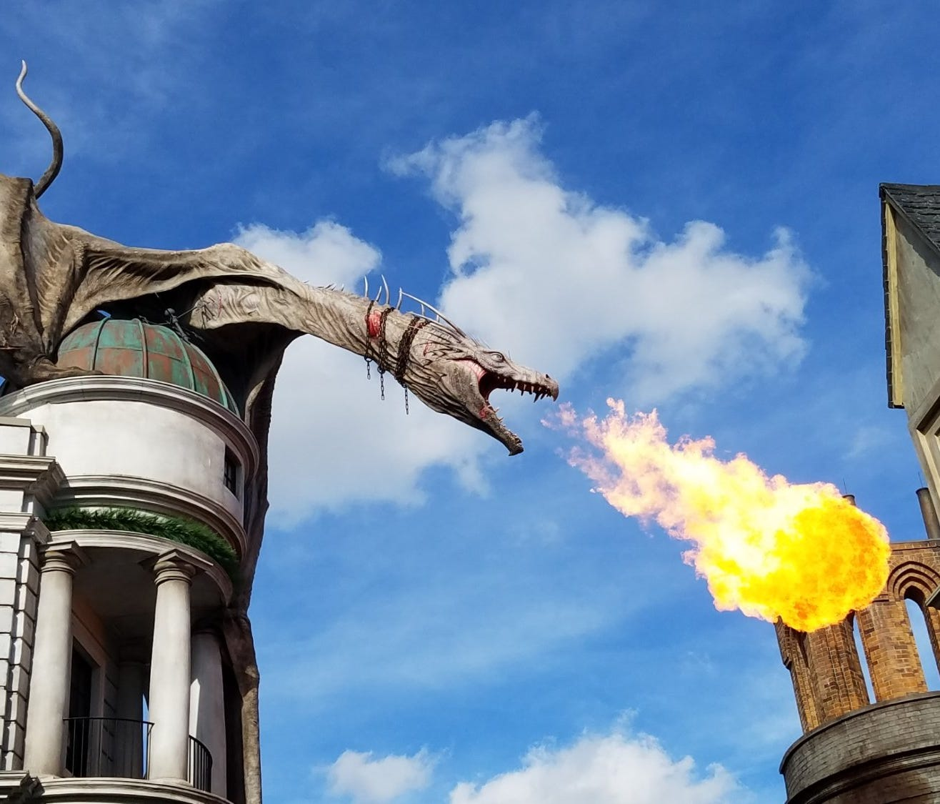 4. Universal Studios Florida – Orlando, Florida: Home of Universal Studios and Islands of Adventure, this park is full of entertainment and nightlife alike along the CityWalk, where travelers can explore rides like The Simpsons and Jimmy Fallon Race