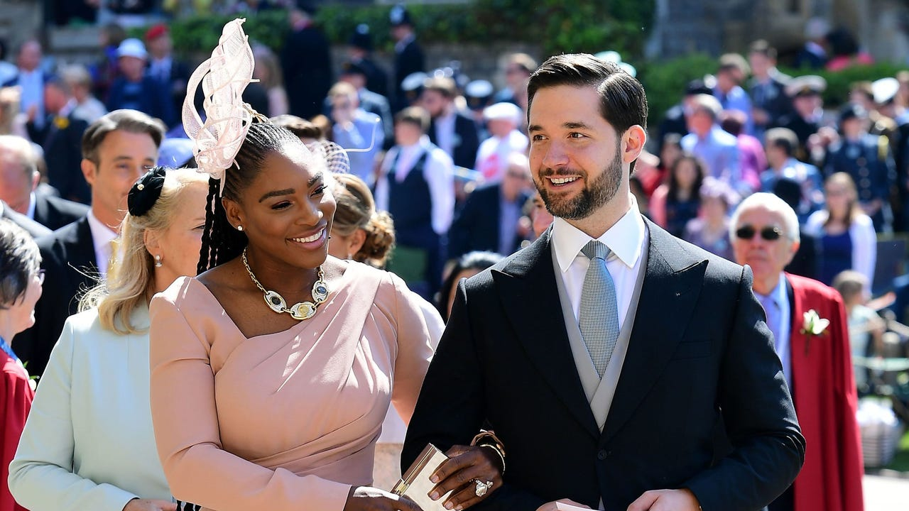 Serena Williams has officially arrived at Windsor Castle for the royal wedding of Meghan Markle and Prince Harry