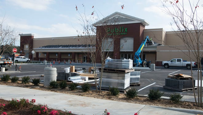 Construction crews are working to put the finishing touches on the new East Hill Publix.