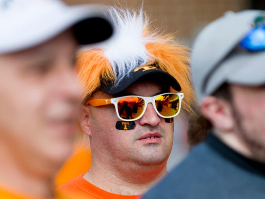 Jerry Montgomery, of Hampton, Tennessee, arrives to