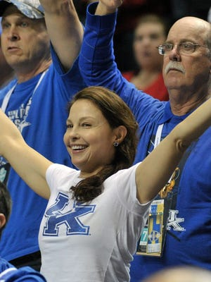 Ashley Judd cheers on Kentucky during the 2015 SEC Tournament at Bridgestone Arena in Nashville.