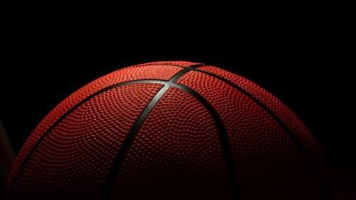 ball to the basketbal