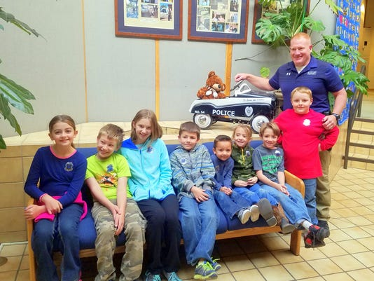 students with the police chief