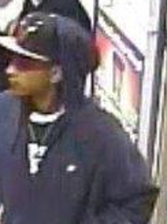 Police searching for pickpocket suspect