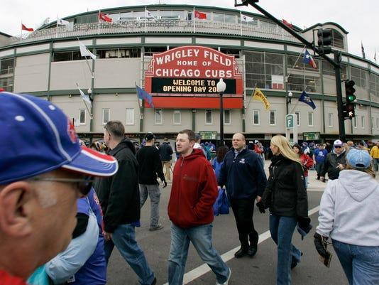 Cubs-Wrigley_Field_NY179_WEB984301