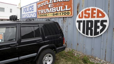 Detroit says towing contracts weren't properly granted