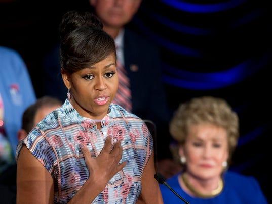 Michelle Obama, Elizabeth Dole