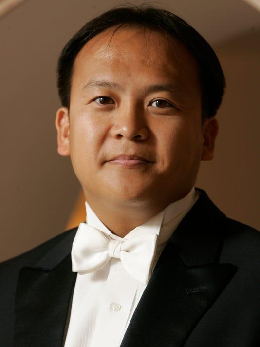Maestro Thomas Hong