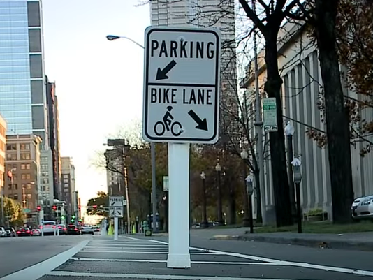 635840514289424306-20151118-Image-of-Protected-Bike-Lane-looking-south.png