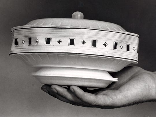 A model of the UFO found in the house formerly occupied by a Florida man who claimed to have photographed UFOs on various occasions in 1987.
