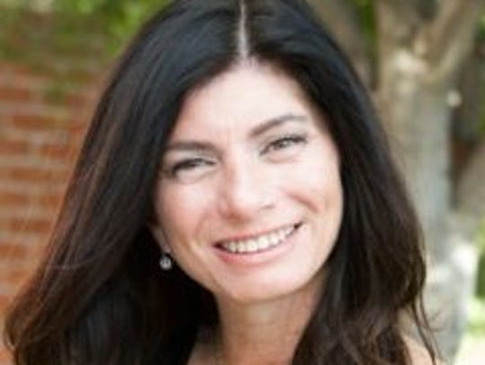 Elizabeth Stearns, a 1979 graduate of Palm Springs