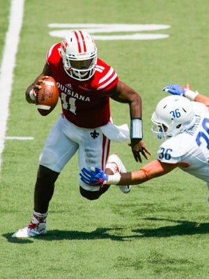 Ragin' Cajuns quarterback Anthony Jennings scrambles during UL's season-opener against Boise State.