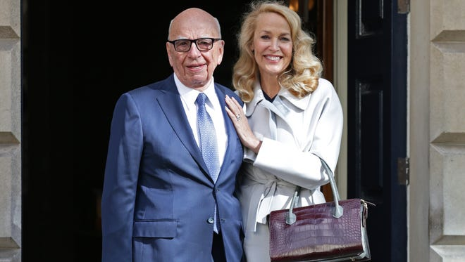 News Corp Chairman Rupert Murdoch and Jerry Hall leave Spencer House, London, after getting married, March 4, 2016. (Yui Mok/PA via AP) UNITED KINGDOM OUT NO SALES NO ARCHIVE ORG XMIT: LON807