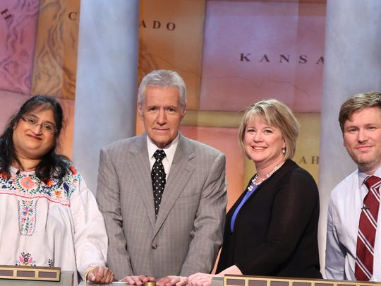Final contestants and Alex Trebek in the 2016 teachers