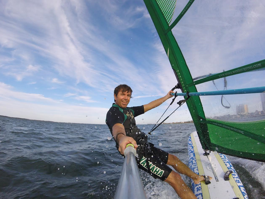 636252010721032986-Windsurfing.png