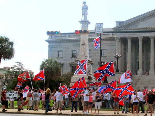 Supporters of keeping the Confederate battle flag flying