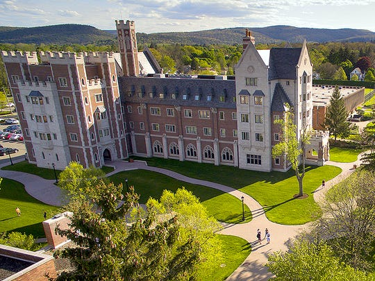 Elmira College is endorsed by a national college guide