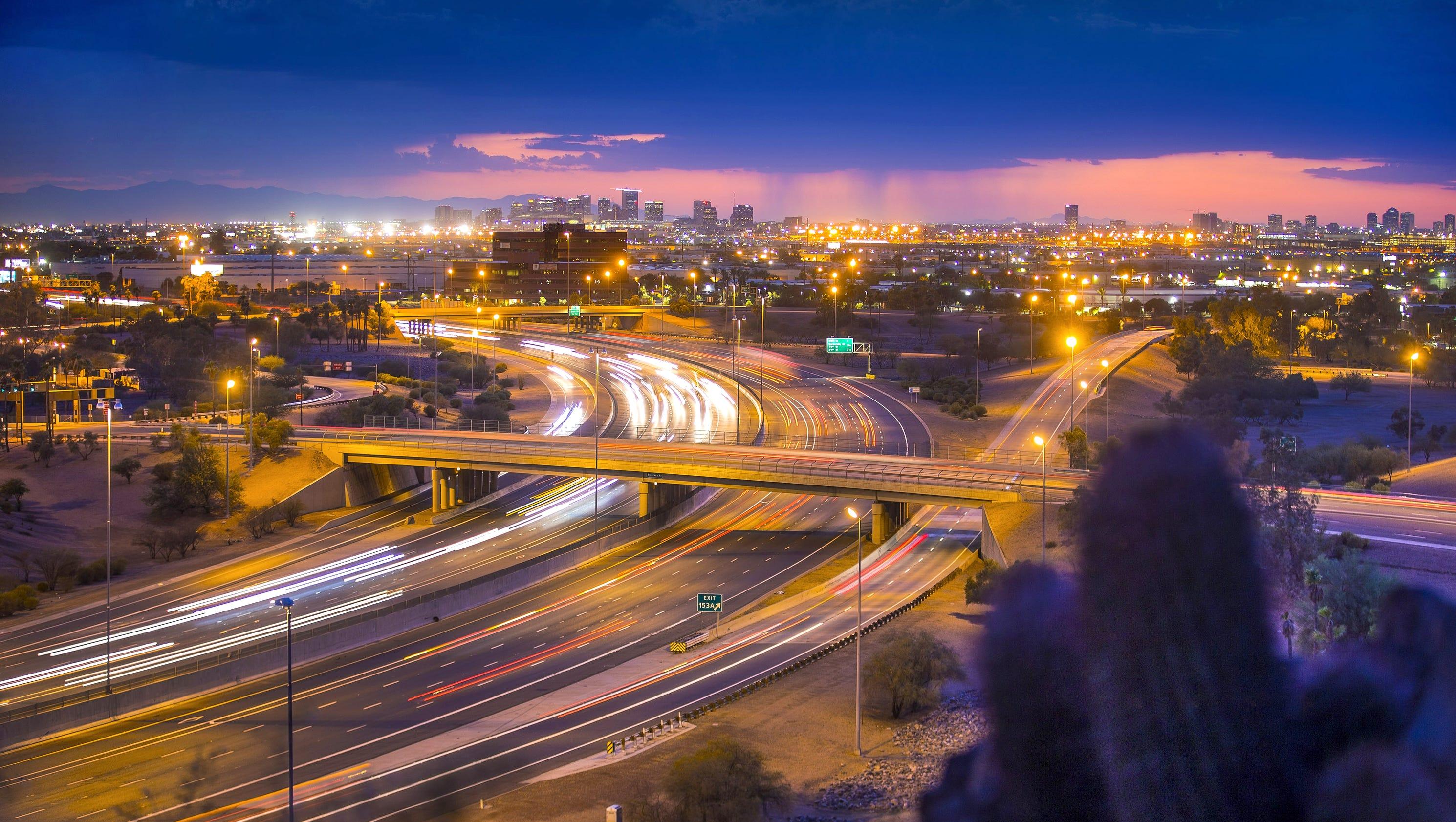 Khám phá thành phố Phoenix! Cơ hội đầu tư khu căn hộ cho thuê... 2