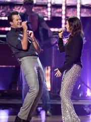 Luke Bryan and Karen Fairchild perform their song,