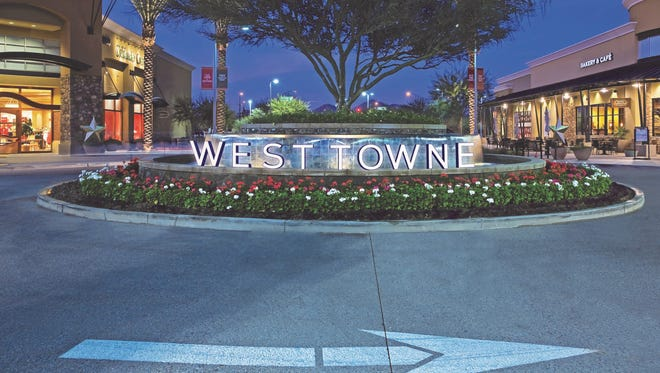 A large, landscaped roundabout will be in the center of the planned West Towne Marketplace in West El Paso.