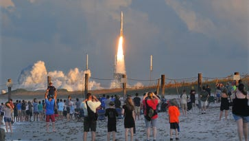 10 great places to watch a rocket launch