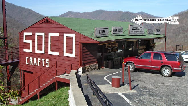 Located in Maggie Valley, N.C., near Smoky Mountains National Park, Soco Crafts & Tower features the state's largest observation tower and a shop selling old-time souvenirs.