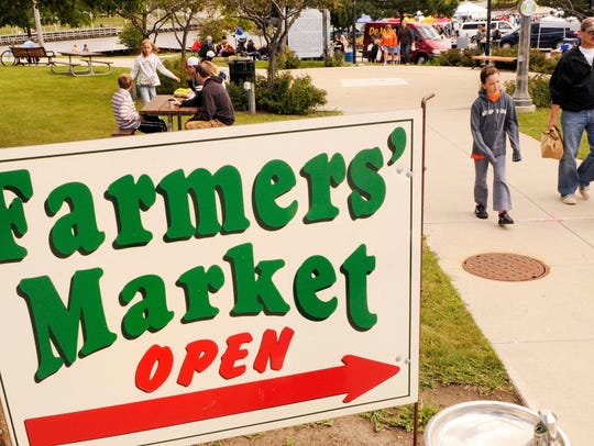 The Manitowoc Farmers Market is held downtown.,