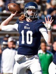 Rice quarterback Tyler Stehling (10) throws a pass