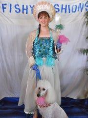 Heather Zarawka portraying the Duchess of Dog Island