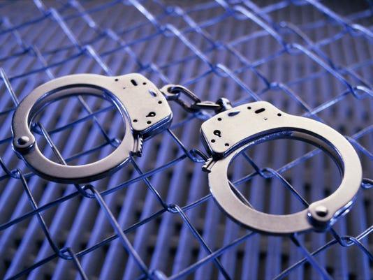 arrest handcuffs2.jpg