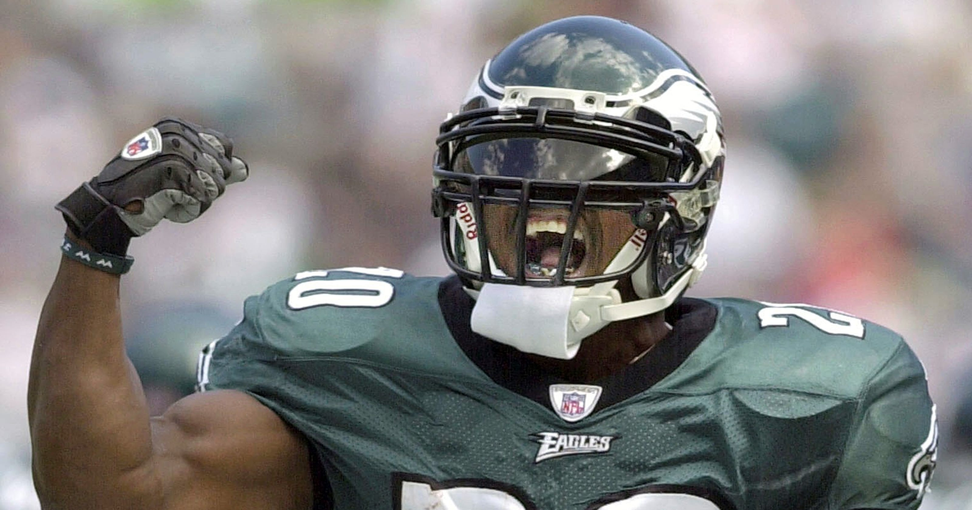 5ec995dff28 How Brian Dawkins' wife helped save his life, allowing him to become Hall  of Famer