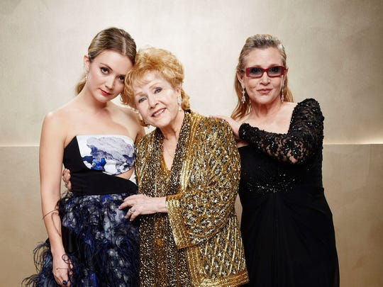 Debbie Reynolds is flanked by granddaughter Billie