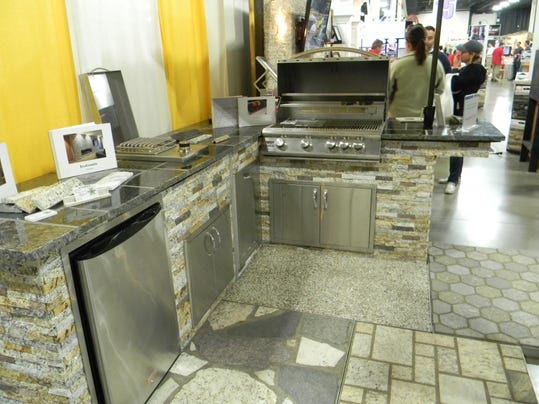 EcoGranite Outdoor Grilling Kitchen