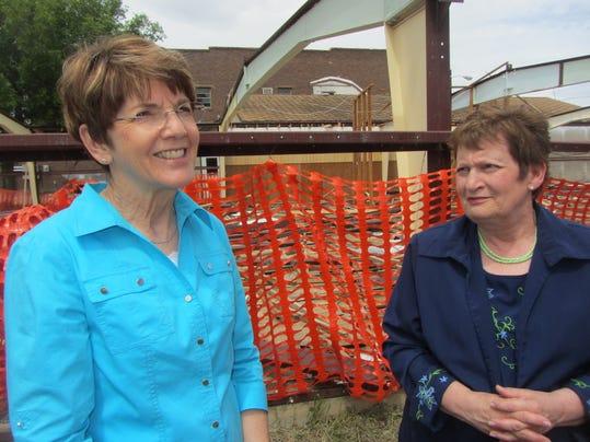Ann Quinn and Dee Pribyl.JPG