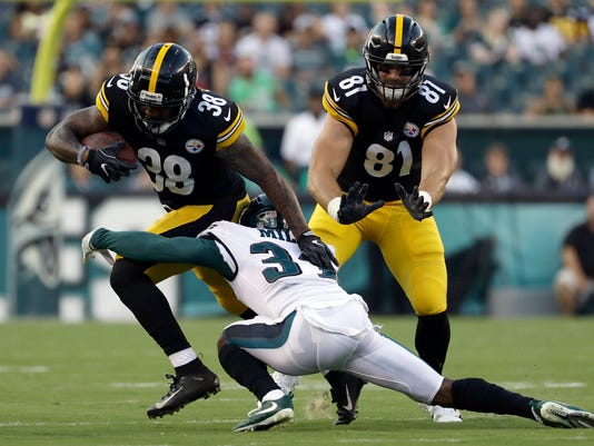 Steelers_Eagles_Football_71484.jpg