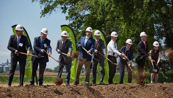 Officials break ground Monday in Guthrie, Ky., for a $300 million Novelis plant.