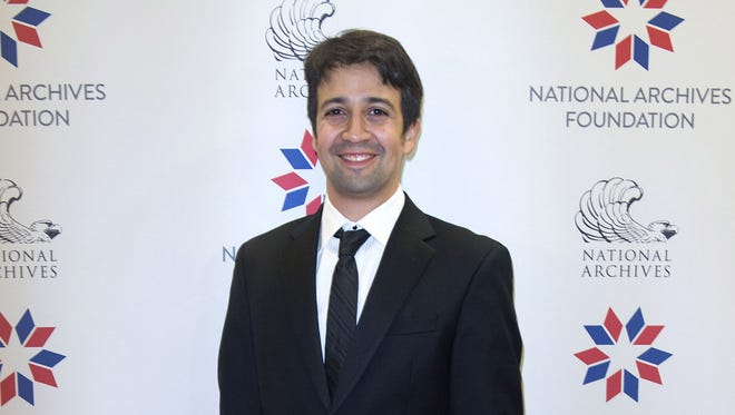 You know there's going to be a hair joke somewhere in Lin-Manuel Miranda's 'SNL' episode.