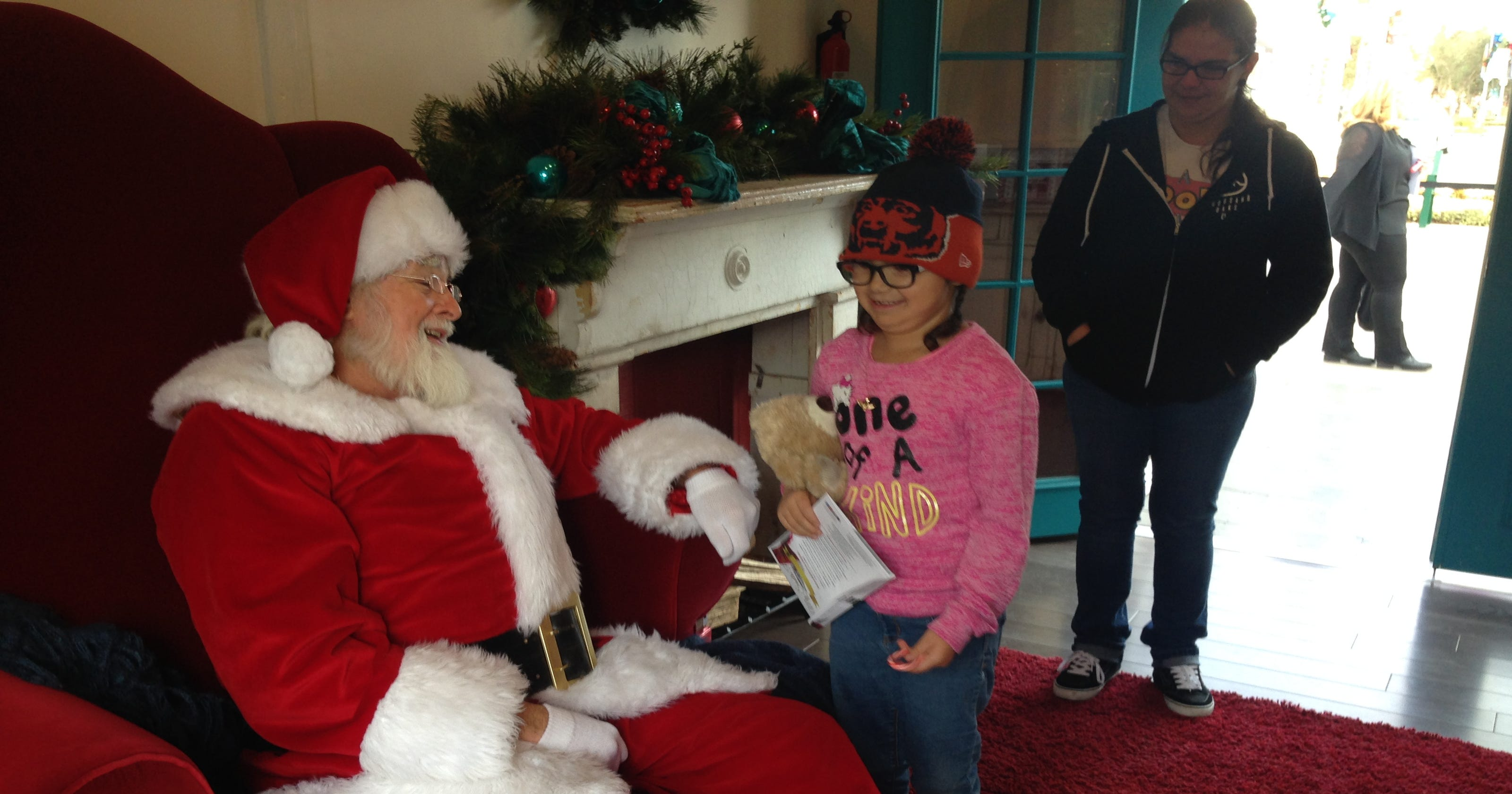 6 year old oxnard girl visits with santa for the first time - Annabelle Christmas