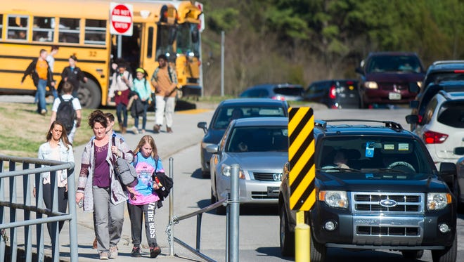Afternoon dismissal at Holston Middle School on Tuesday, February 20, 2018.