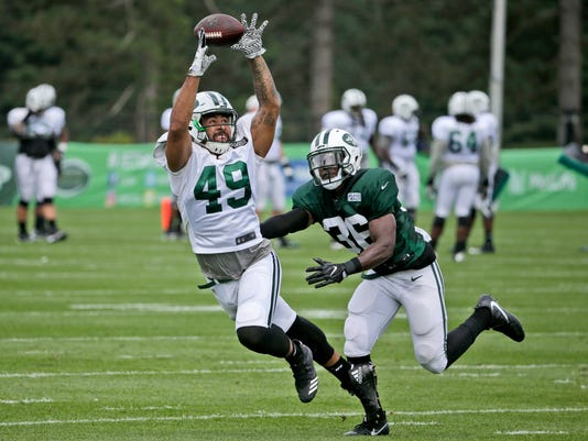 Jets_Leggett_TDs_For_Taylor_Football_24301.jpg