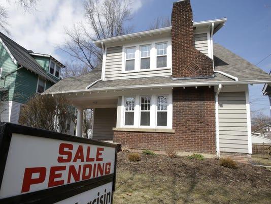 IMG_Pending_Home_Sales_G_1_1_OT98LNSM.jpg_20141129.jpg