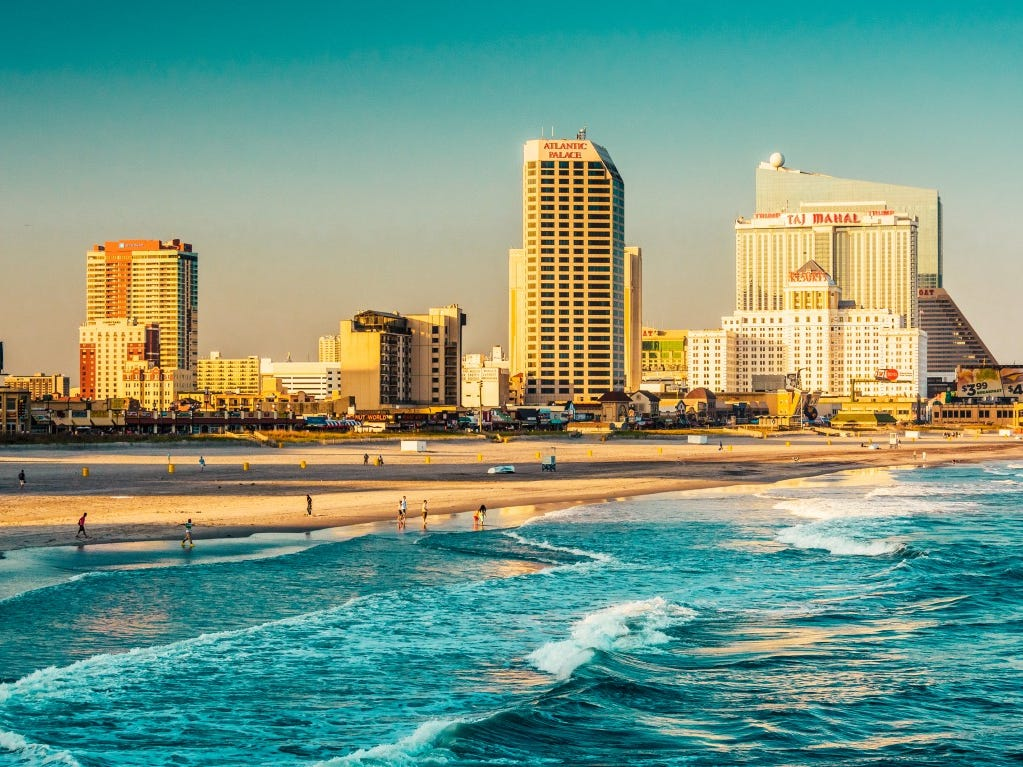 Dating στην παραλία της πόλης του Παναμά FL Ταχύτητα χρονολογίων Urmston
