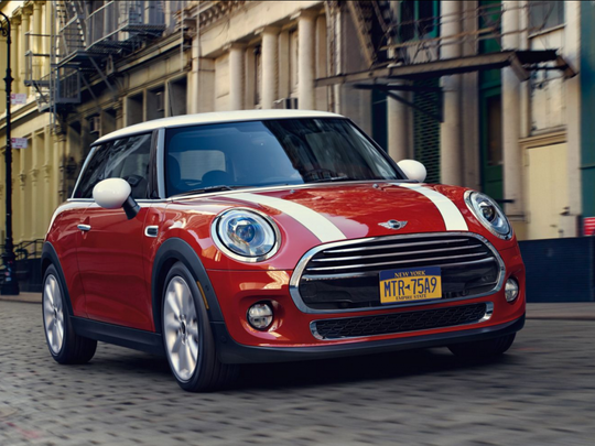 Mini's customer satisfaction score of 80 falls below the industry average of 82. However, the small car brand still has its positives.